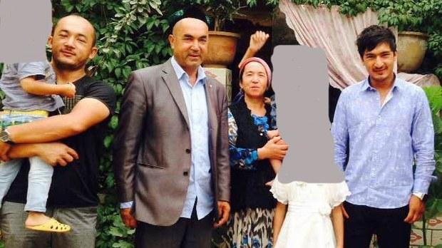 uyghur-nursimangul-abdureshid-family-aug-2015-crop.jpg
