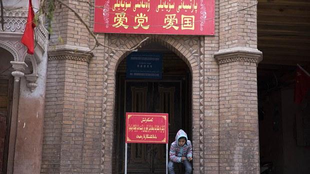 uyghur-boy-at-kashgar-mosque-nov-2017.jpg