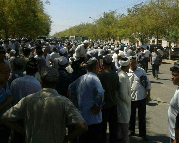 uyghur-abdurehim-damaolla-aug-2013.jpg