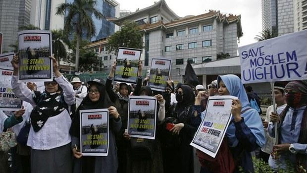 indonesia-uyghur.jpg