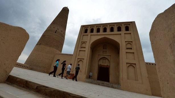 uyghur-mosqueturpan-050917.jpg