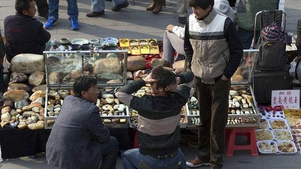uyghur-jade-merchants-in-beijing-oct-2013.jpg