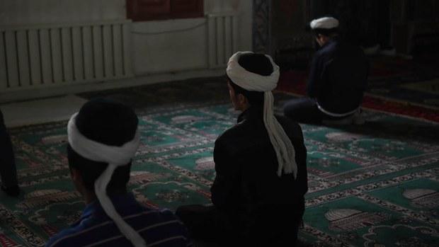 uyghur-ramadan-mosque-april-2015-crop.jpg