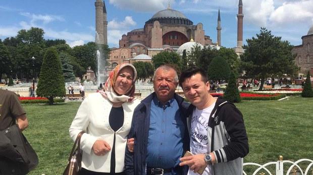 uyghur-zahirshah-ablimit-istanbul-crop.jpg