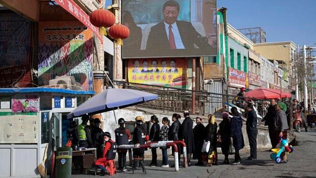 uyghur-security-checkpoint-hotan-nov3-2017.jpg