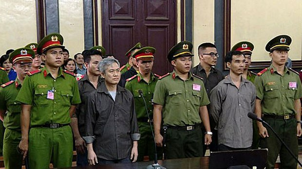 vietnam-incourt2-100518.jpg