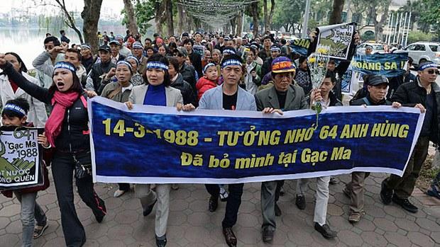 vietnam-protest-spratly-island-skirmish-anniversary-mar14-2016-crop.jpg