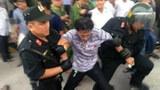 vietnam-cai-lay-tollbooth-arrest-nov-2017-crop.jpg