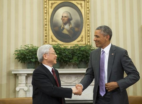 vietnam-nguyen-phu-trong-meets-obama-july7-2015.jpg
