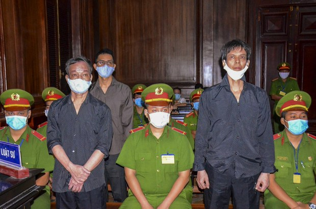 Vietnam Tightens Info Controls for Party Congress as 2020 Violations Cited in HRW Report