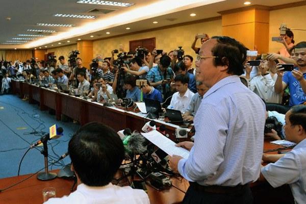 vietnam-environment-fish-kill-press-conference-apr27-2016.jpg
