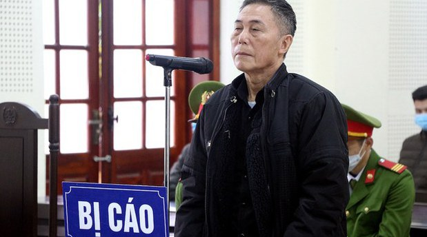 Dissident Vietnamese Poet Jailed For 12 Years on 'Subversion' Charge