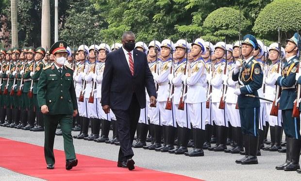 US Defense Secretary Austin Meets in Hanoi With Vietnamese Officials