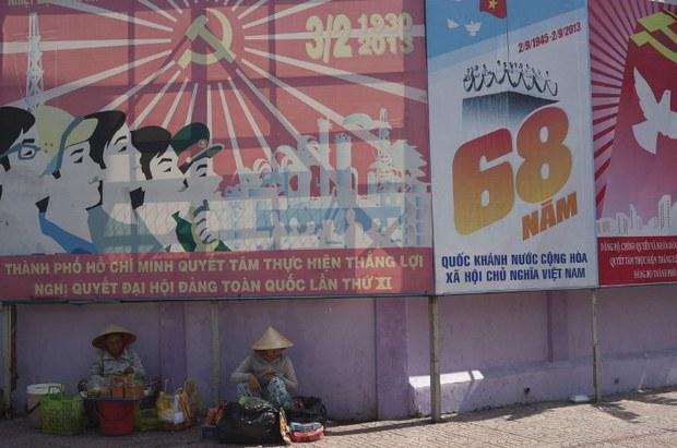 vietnam-party-and-poor-nov-2013.jpg