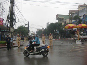 vietnam-activists-trial-vinh-305.jpg