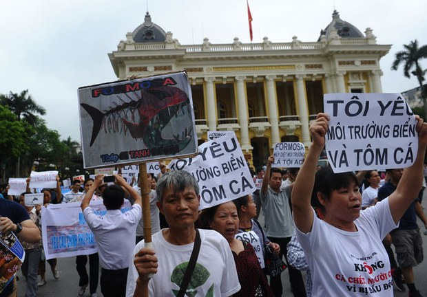 Two Arrested in Connection with Vietnam Fish Death Protests