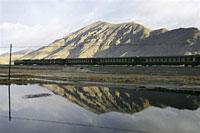 TibetTrain200.jpg