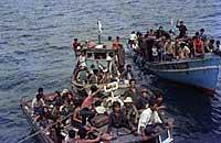 vietnam_refugees_200.jpg