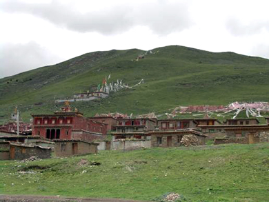 Dujom Lingpa's monastery in Dartsang, Serta County, Kardze Tibetan Autonomous Prefecture—a place visited by Sera Khandro. Photo:  Sarah Jacoby