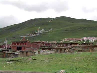 Dujom-Lingpa-monastery-390.jpg