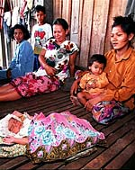 mother_child_afp150.jpg