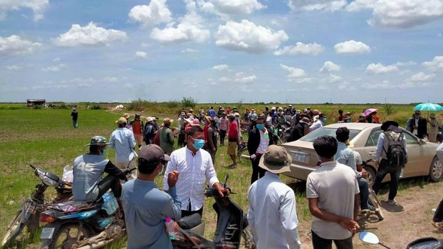 Protest_against_Land_grab_in_Tambon_3_Banteay_Meanchey_in_June_2021_6.jpg