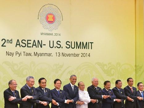កិច្ចប្រជុំកំពូលអាស៊ាន-អាមេរិក នៅប្រទេសមីយ៉ាន់ម៉ា (Myanmar) កាលពីថ្ងៃទី១៣ ខែវិច្ឆិកា ឆ្នាំ២០១៤។ Photo courtesy of AFP