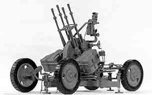 ZPU-4는 14.5mm 구경의 중기관총 4정을 묶어 만든 대공포.   사진-미국 육군 제공