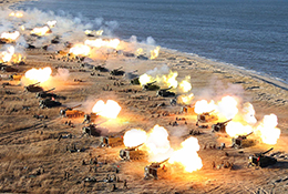 북 전선포병부대들의 포병 타격훈련
