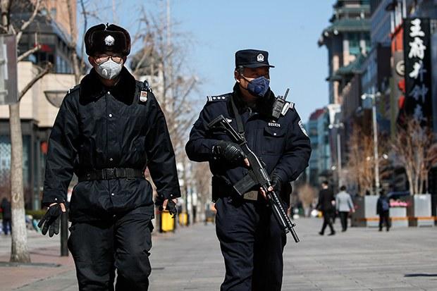 corona_china_police_b