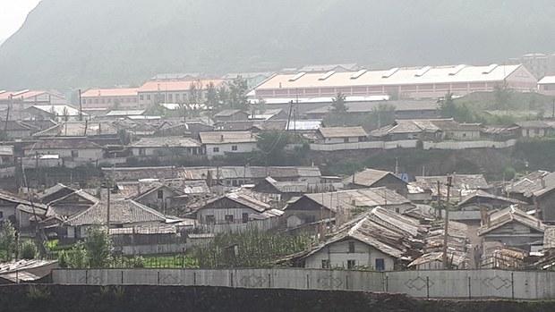hyesan_city_houses_b
