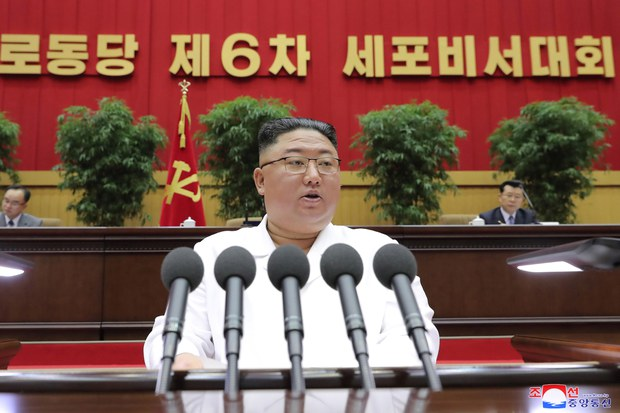 "HRW ""김정은 '고난의 행군' 강조…주민통제 더 강화 시도"""