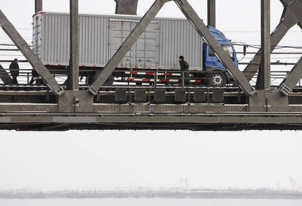 올 1,2월 북중무역, 지난해 동기의 고작 1.6%