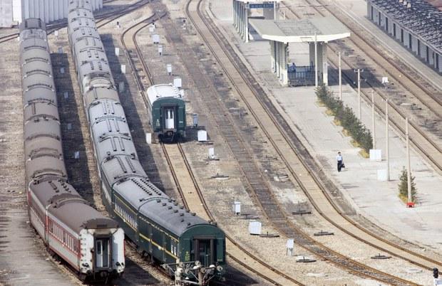 dandong_train_station_b