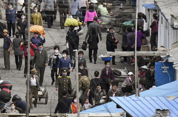 [북한의 코로나 그림자]  ➀ 자취 감춘 수입상품