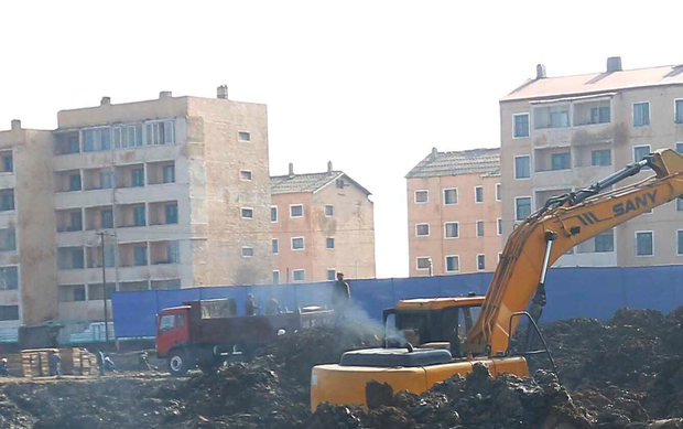 평양살림집건설 지역에 강도사건 빈발
