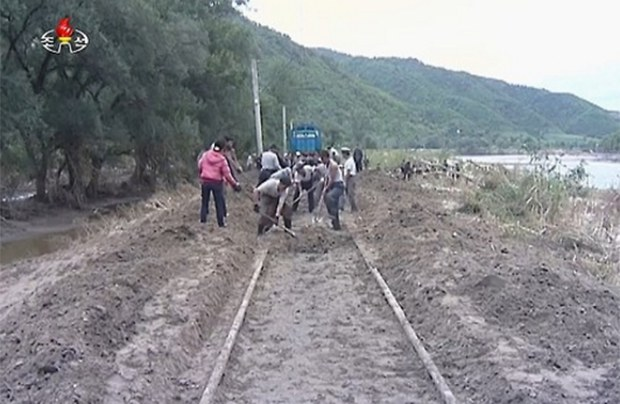 flood_rail_work-620_2.jpg