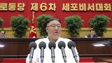 김정은 북한 노동당 총비서가 지난 8일 세포비서대회에 참석해 폐회사를 하고 있다.