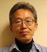 마키노 요시히로 일본 아사히신문 편집위원.
