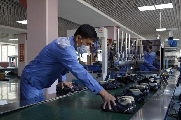 [북한경제, 어제와 오늘] 부족한 생필품