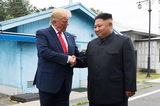"""""""김정은은 위험 감수형 지도자"""""""