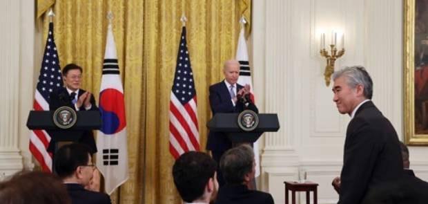 """""""바이든 미진한 대북관여는 비핵화 관심없는 북한 탓"""""""