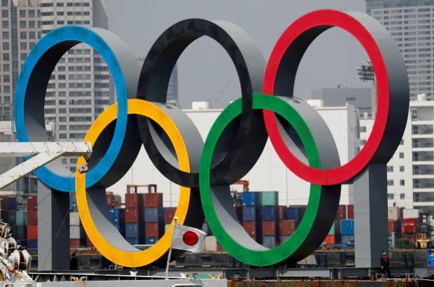 Olympic_rings_tokyo_b