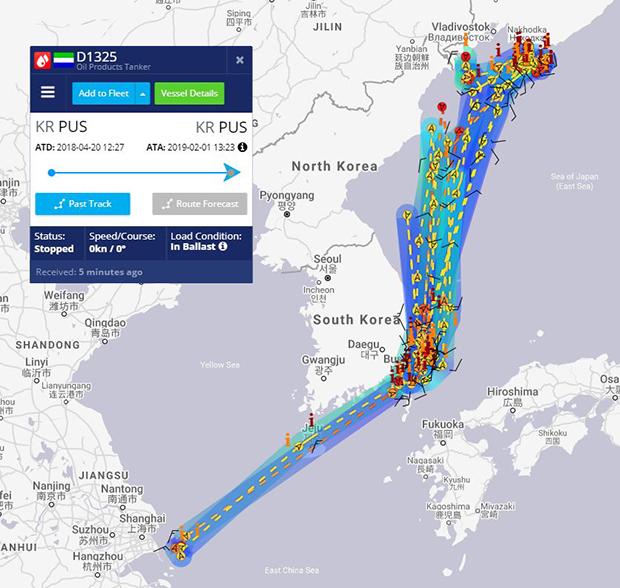 선박의 위치 정보를 보여주는 '마린 트래픽'에 따르면, '카트린'호는 지난해 4월20일부터 3일까지 항적에서 중국 상하이 인근 남쪽 해역에도 머물러 있다 러시아쪽으로 북향해 되돌아온 것으로 나타났다.