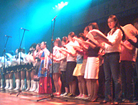 concert2-200.jpg
