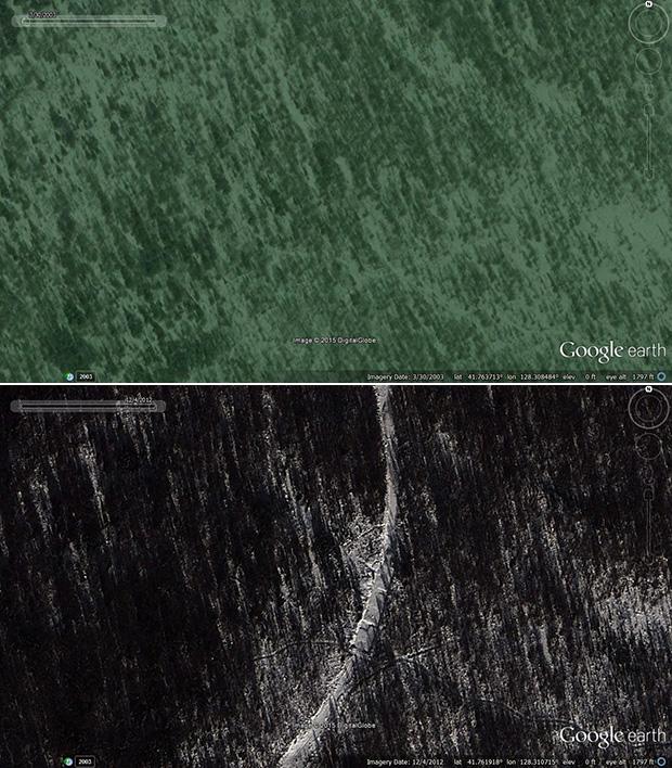 2012년 12월에 촬영한 위성사진(사진 아래)을 과거(사진 위)와 비교해 보면 삼지연대기념비 앞 못가역을 잇는 새로운 철도 건설이 이미 시작됐음을 확인할 수 있다. 사진-구글어스/ 커티스 멜빈 제공