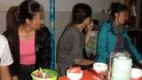 laos_nk_defector_meal-700.jpg