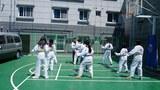 탈북 학생들이 태권도를 배우고 있다.