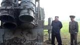 북한이 지난 10일 김정은 국무위원장 지도 하에 초대형 방사포 시험사격을 다시 했다고 북한 매체들이 11일 보도했다.