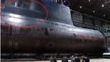 김정은 북한 국무위원장이 새로 건조한 잠수함을 시찰했다고 조선중앙TV가 지난 8월 23일 보도했다. 중앙TV는 시찰 장면이 담긴 사진을 공개하면서 잠수함에서 SLBM 발사관이 위치했을 것으로 추정되는 부분(붉은 원)과, 함교탑 위 레이더와 잠망경 등이 위치했을 것으로 추정되는 부분(파란 원)을 각각 모자이크 처리했다.